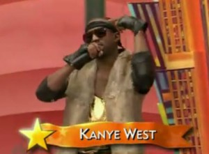 "Kanye West performs ""Lost In The World"" at the Macy's Thanksgiving Day Parade"