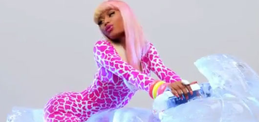 nicki minaj super bass video stills. Nicki Minaj – Super Bass