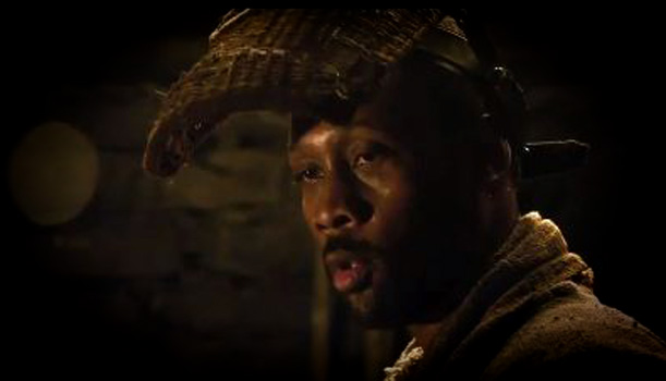 The Man With The Iron Fists - Trailer - RZA