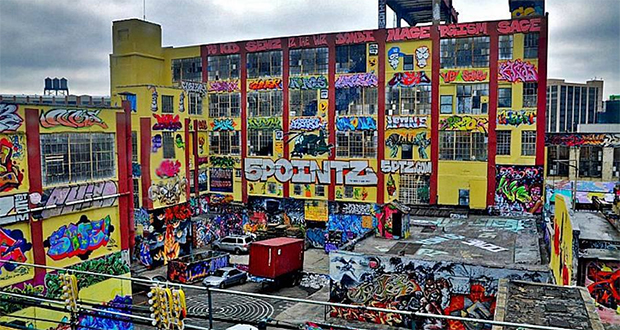 5 Pointz, Embattled Graffiti 'Mecca,' Painted Over by Building Owner